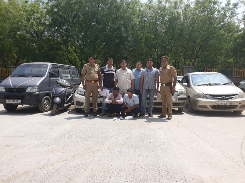 नोएडा पुलिस ने दो शातिर चोरों को किया गिरफ्तार , चोरी के वाहन किए बरामद